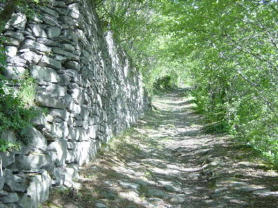 Chemin Mont Andre