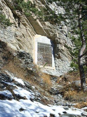 L'oratoire des Abîmes construit au bord de l'ancien chemin